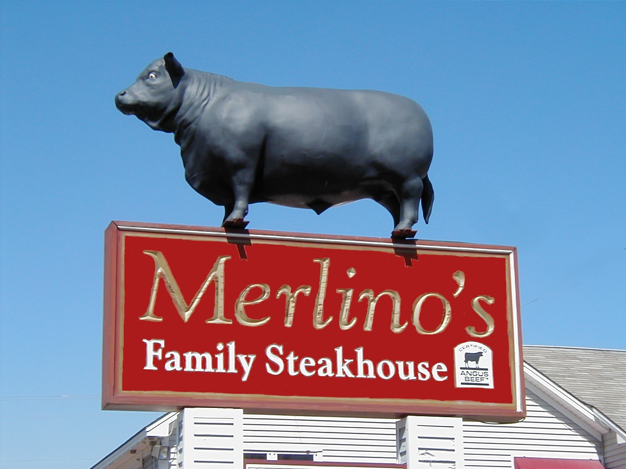 Merlino's Famous Landmark in North Conway